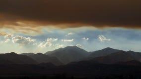 Sceniczny wibrujący góra krajobrazu timelapse zdjęcie wideo
