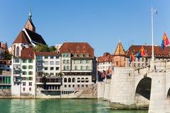 Sceniczny widok Basel nabrzeże i środka most zdjęcie royalty free