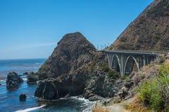 Sceniczny widok Kalifornia linii brzegowej Pacyficzna autostrada 1 Zdjęcia Royalty Free