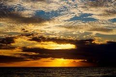 Sceniczny widok przy oceanem przy tropikalnym wybrzeżem Sri Lanka Obraz Stock