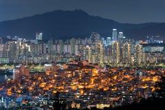 Sceniczny widok Seul miasto przy nocą, Południowy Korea obrazy stock