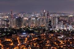 Sceniczny widok Seul miasto przy nocą, Południowy Korea fotografia stock