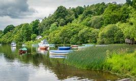 Sceniczny widok w Balmaha, wioska na wschodnim brzeg Loch Lomond w rada terenie Stirling, Szkocja Fotografia Royalty Free