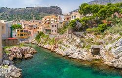 Sceniczny widok w Sant Elia blisko Santa Flavia, prowincja Palermo sicily obrazy stock