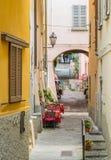 Sceniczny widok w Varenna na pogodnym lata popołudniu, Jeziorny Como, Lombardy, Włochy zdjęcie stock
