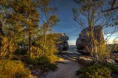 Sceniczny wieczór widok na wierzchołku Szczeliniec Wielki w parka narodowego Stolowe górach zdjęcia royalty free