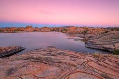 Sceniczny Wierzbowy jezioro przy sSunset prescottem Arizona Obrazy Stock