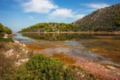 Sceniczny wizerunek jezioro na Agistri wyspie Obraz Royalty Free
