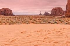 scenisk dal för liggandemonument Royaltyfri Bild