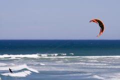 scenisk kitesurfer Fotografering för Bildbyråer