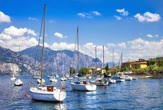 scenisk lago di Garda Arkivbilder