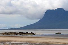 Scenisk lagun Borneo Arkivbild