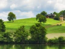 Scenisk landskapsikt längs den Tennesse floden Arkivbild
