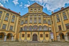 Scenisk Nesvizh slott i Vitryssland Arkivbilder