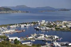 Scenisk sikt av Alesund, Norge Arkivfoton