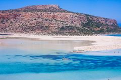 Scenisk sikt av den Balos fjärden, lera, Grekland, i sommar arkivfoton