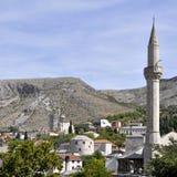 Scenisk sikt av den historiska staden av Mostar, Bosnien och Hercegovina arkivbilder