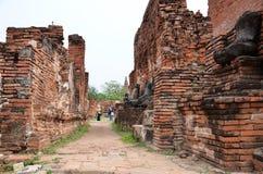 Scenisk sikt av den imponerande prangen av Wat Phra Ram Arkivfoton