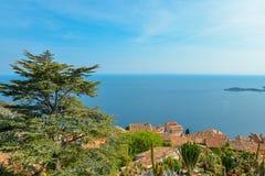 Scenisk sikt av den medelhavs- kustlinjen Fotografering för Bildbyråer
