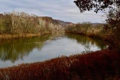 Scenisk sikt av den Youghiogheny floden i västra Pennsylvanai Royaltyfria Bilder