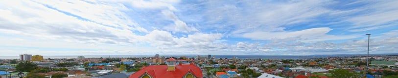 Scenisk sikt av Punta Arenas, Chile Magellan strait Patagonia Sydamerika arkivbilder