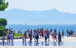 Scenisk sikt för Costal Kroatien under sommardag Arkivfoto