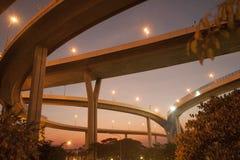 Scenisk sikt för skymning av den Bhumibol bron Royaltyfria Bilder