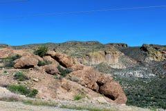 Scenisk sikt för Tonto nationalskog från Mesa, Arizona till kanjon sjön Arizona, Förenta staterna arkivfoto