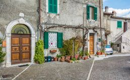 Scenisk sikt i Oricola, lantlig by i L `-Aquila landskap, Abruzzo Fotografering för Bildbyråer