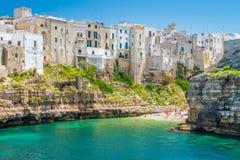 Scenisk sikt i Polignano en sto, Bari Province, Apulia Puglia, sydliga Italien arkivbilder