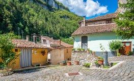 Scenisk sikt i Tagliacozzo, landskap av L ` Aquila, Abruzzo, Italien Arkivfoton