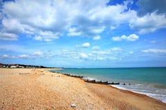 Scenisk sikt Kent UK för Kingsdown strand Arkivbild