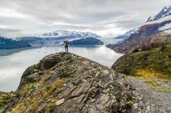 Scenisk sikt på den Torres del Paine treken Arkivfoton