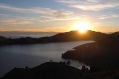 Scenisk solnedgång på Isla del Sol, Bolivia arkivfoto
