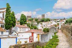Scenisk sommarsikt i Obidos, Leiria område, Portugal Arkivfoto