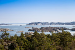 scenisk svensk sikt för kust Arkivbilder