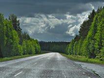 Scenisk väg för nedgång i Sverige Arkivbild