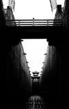 Sceniska fläckar i Hengdian, svartvita byggnader Arkivfoton