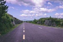Sceniska vägsikter av cirkeln av Kerry i Irland Royaltyfria Foton