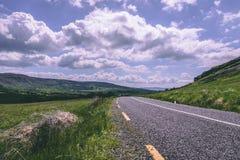 Sceniska vägsikter av cirkeln av Kerry i Irland Arkivbild
