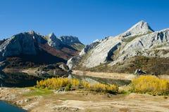 Sceniskt berglandskap Arkivfoto