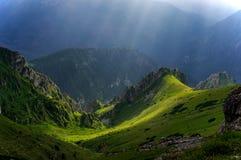 Sceniskt berglandskap för sommar Västra Tatras fotografering för bildbyråer