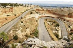 sceniskt huvudvägberg Arkivbild