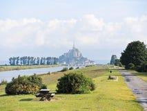 Sceniskt med den monthelgon-michel abbotskloster, Normandie Arkivfoton