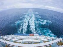 Sceny na pokładzie statku wycieczkowego linerin pokojowy ocean Zdjęcie Royalty Free
