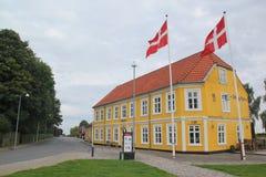 Schönes Haus mit Losen Farben lizenzfreie stockfotos