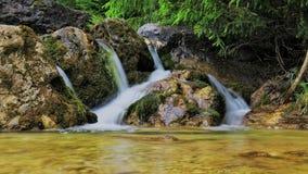 Schöner Wasserfall 图库摄影