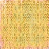 Schäbiger gealterter goldener rosa Pergamenthintergrund mit barocken Mustern vektor abbildung