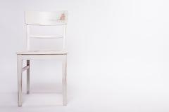 Schäbiger Stuhl stockfoto