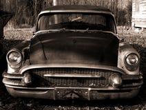 Schäbiges Auto Stockfotografie